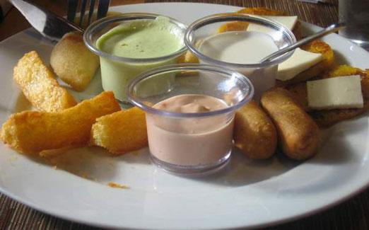 mini-appetizer-platter-tequenos-arepas-cafe-astoria-queens