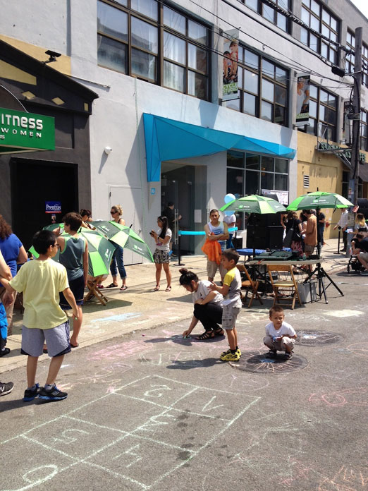 children-playing-queens-art-express-qax-block-party-astoria-queens