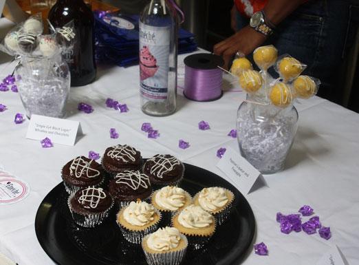 emeche-cupcakes-cake-pops-queens-county-market-singlecut-astoria-queens