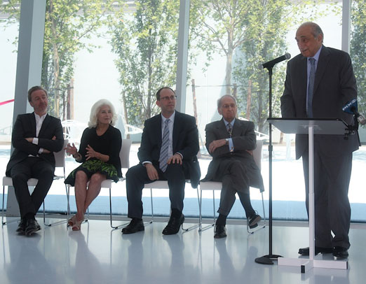 george-kaufman-courtyard-ribbon-cutting-ceremony-momi-astoria-queens