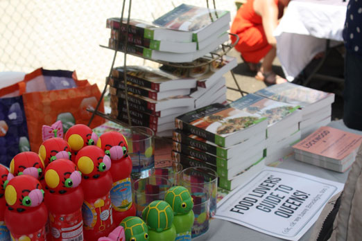 lic-flea-site-bubbles-food-lovers-guide-long-island-city-queens