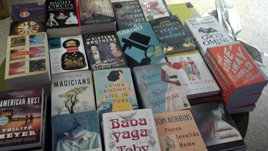 Astoria_Bookshop_Fiction_Display