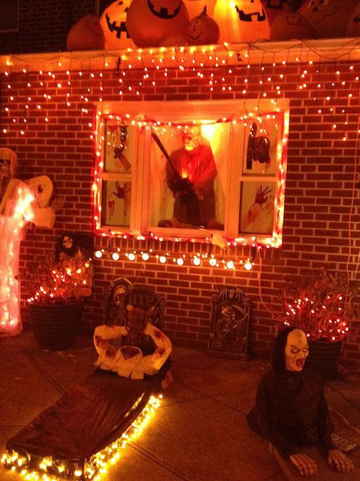 26-street-house-ghouls-grave-halloween-astoria-queens
