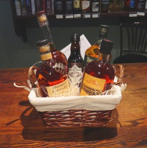 Astoria Park Wine & Spirits_Holiday Gift Guide_Whisky Basket