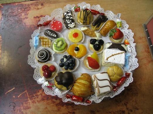 la-guli-holiday-platter