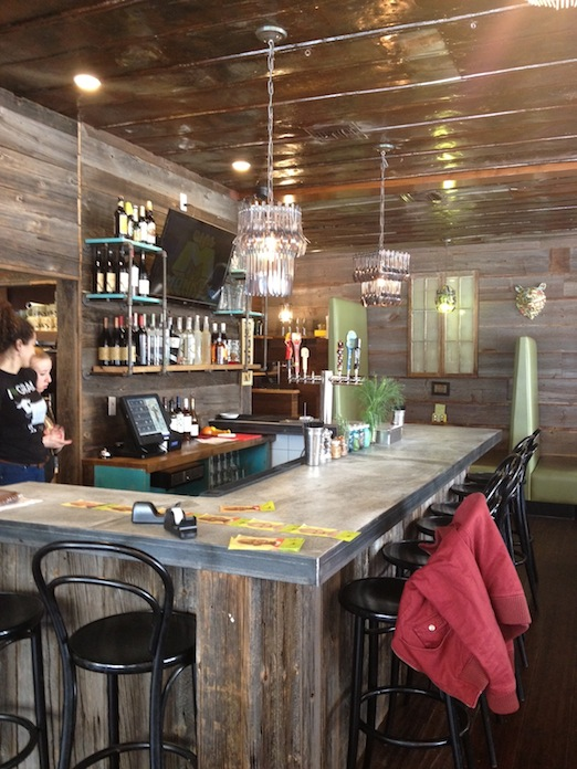 new-bar-bareburger-31-street-astoria-queens