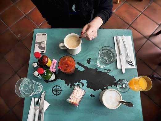 table-fattys-astoria-queens