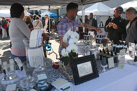 noctua-diem-astoria-flea-queens