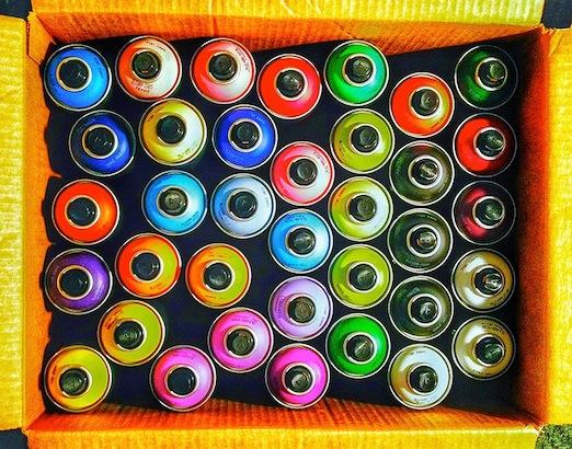 the-pop-bar-spray-paint-astoria-queens