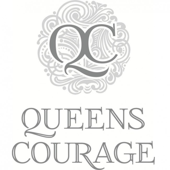 queens-courage-gin-label