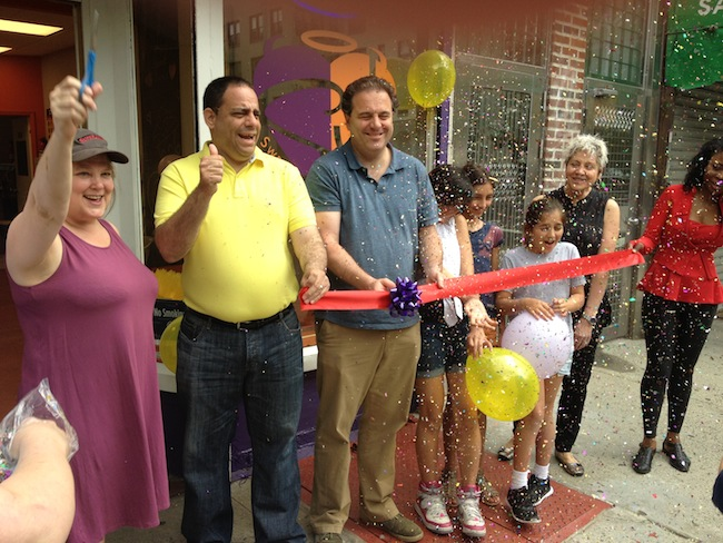 the-ribbon-is-cut-sweet-janes-astoria-queens