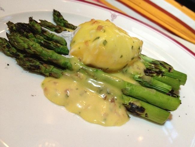 asparagus-with-poached-egg-astor-room-astoria-queens