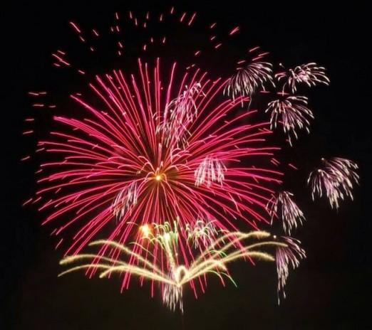 lines-astoria-park-fireworks-june-2014