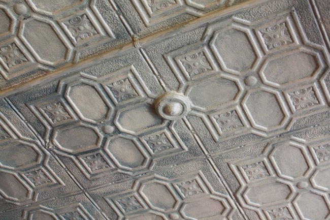 painted-tin-ceiling-ok-cafe-astoria-queens