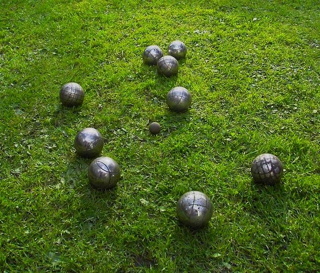 petanque-boules-on-grass