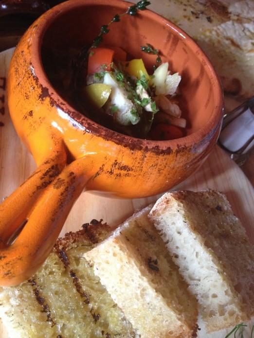 pickled-vegetables-foccacia-vite-vinosteria-astoria-queens