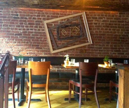 raised-seating-area-vite-vinosteria-astoria-queens