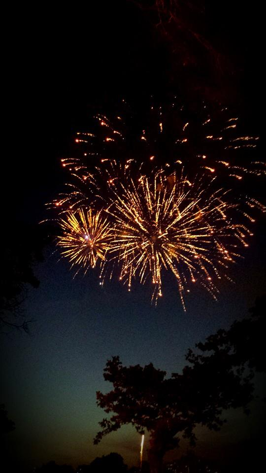 triple-fireworks-astoria-park-june-2014