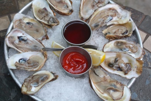 raw-oysters-off-the-hook-astoria-queens