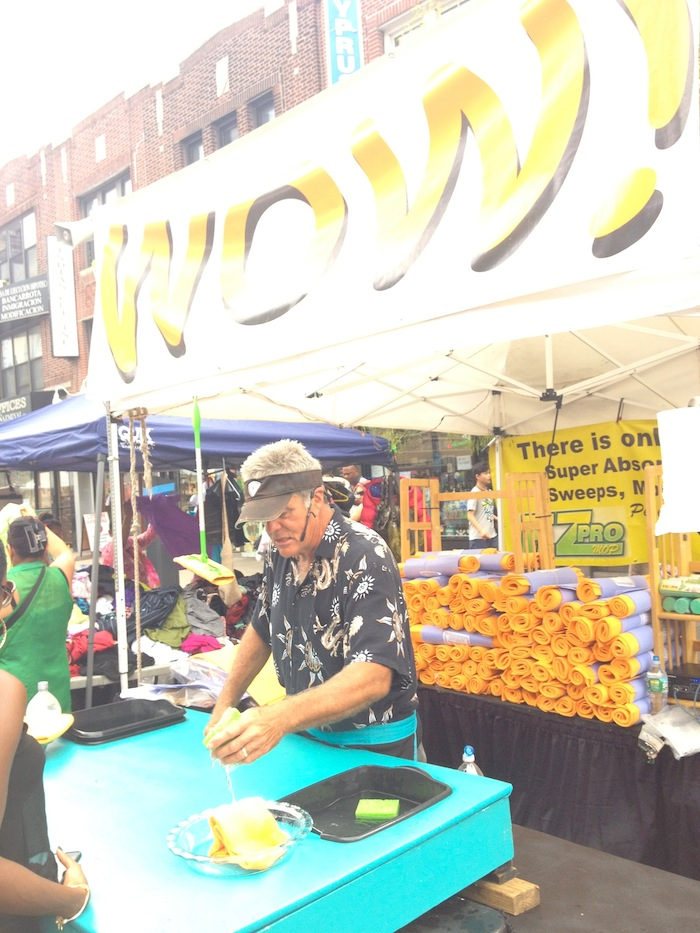 shamwow-30th-avenue-street-fair-september-1-labor-day-astoria-queens