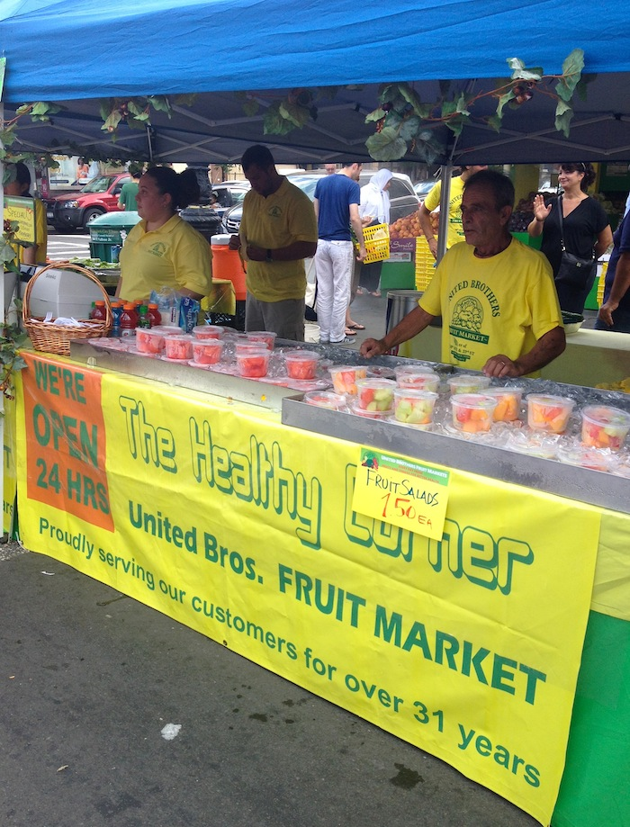 united-brothers-fresh-fruit-30th-avenue-street-fair-september-1-labor-day-astoria-queens