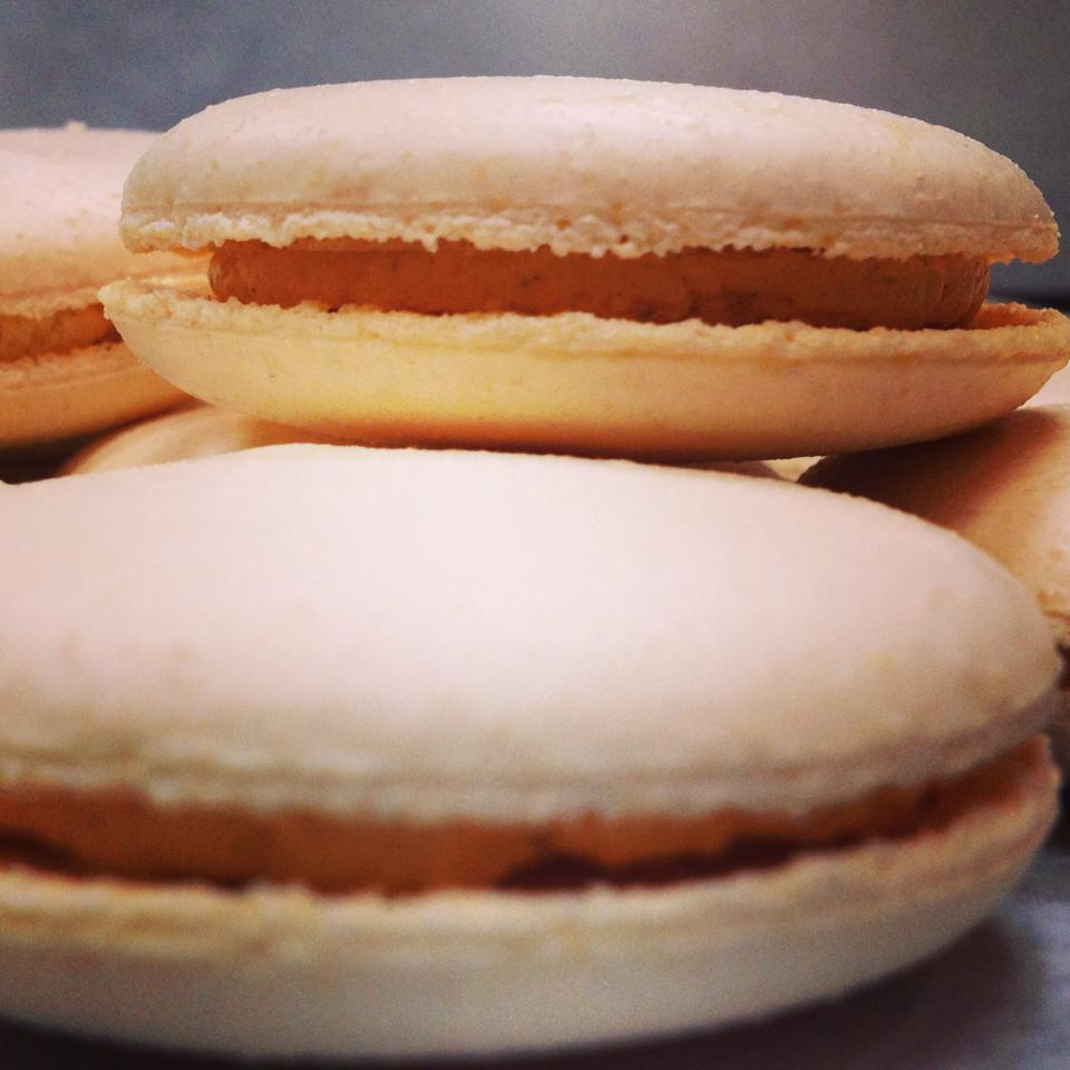 pumpkin-spice-macaroons-astor-bake-shop-astoria-queens