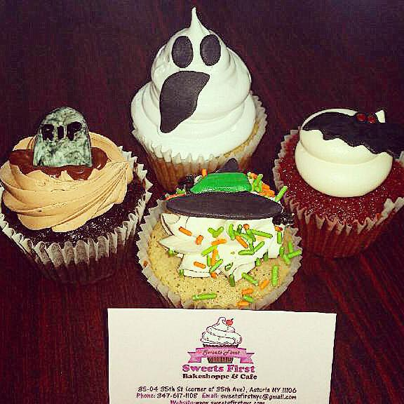 spooky-cupcakes-sweets-first-astoria-queens