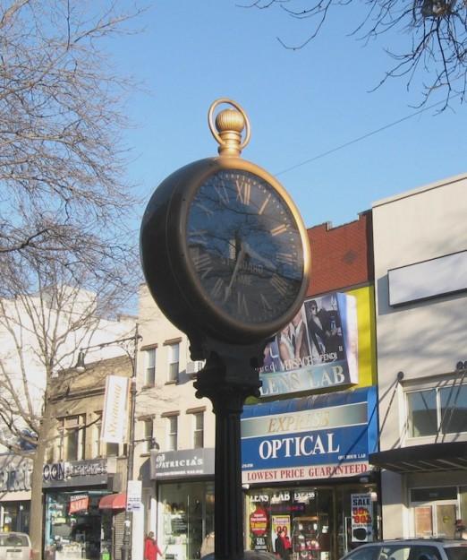 steinway-street-clock-astoria-queens
