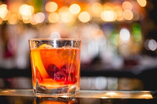 old-fashioned-cocktail-bear-restaurant-astoria-queens