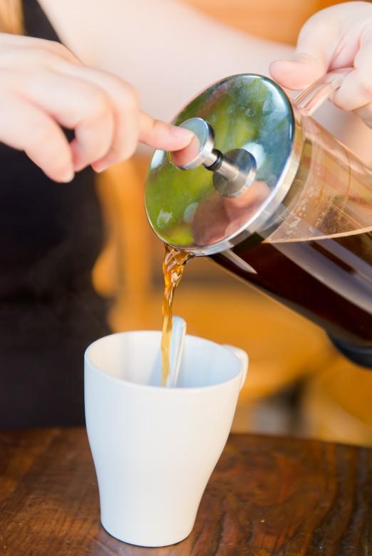 RAR_Coffee Pour