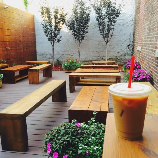 We Heart Astoria GOSSIP COFFEE Outside