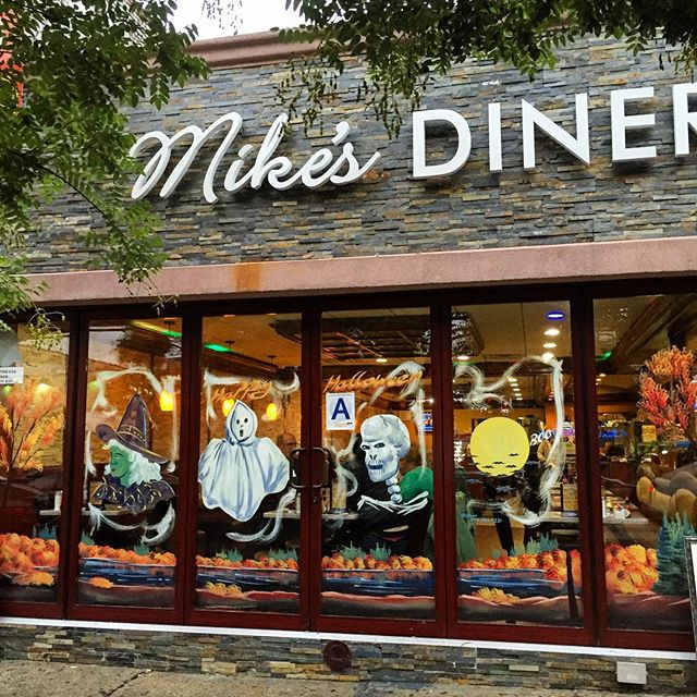 mikes-diner-window-decoration-berch-halloween-ditmars-astoria-queens