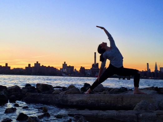 yoga-with-a-view-we-heart-astoria-fitness
