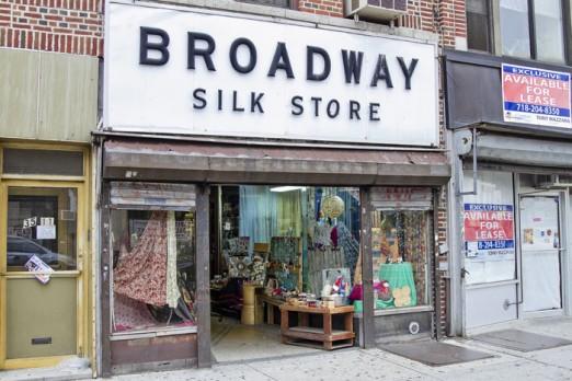 Broadway_Silk_shop
