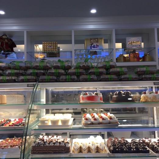 cakes-lefkos-pyrgos-ditmars-astoria-queen