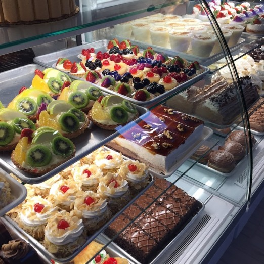 more-pastries-lefkos-pyrgos-ditmars-astoria-queen