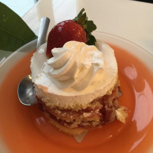 strawberry-shortcake-lefkos-pyrgos-ditmars-astoria-queen