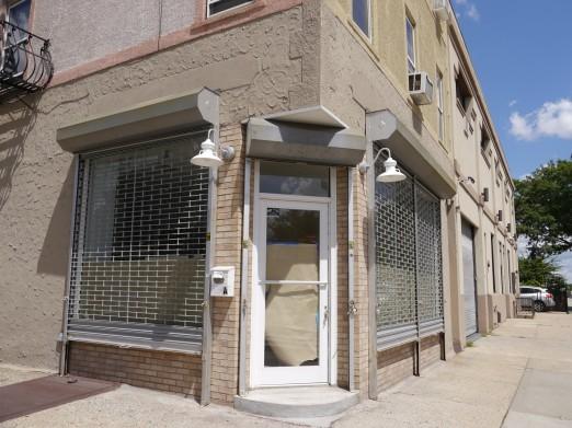 loopnet-ad-facade-22-80-steinway-street-astoria-queens