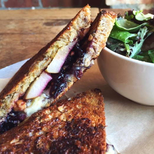 brie-grilled-cheese-the-queens-kickshaw-astoria-queens