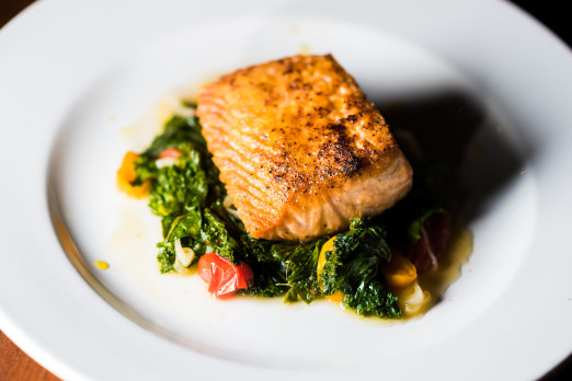 salmon-katch-we-heart-astoria-queens-sports-bar-tasting