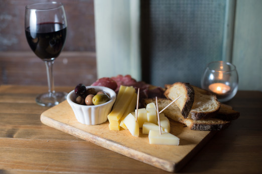 okcafewine_cheese tray