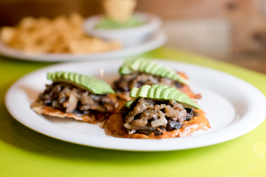 appetizers-chela-garnacha-we-heart-astoria-queens-mexican-tacos-36th-ave