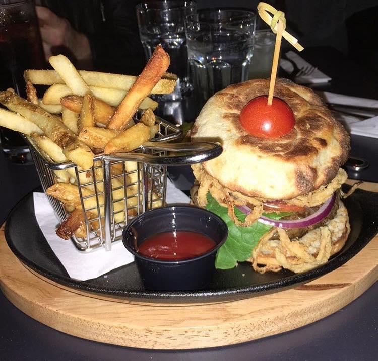 burger-fries-trestle-astoria-queens