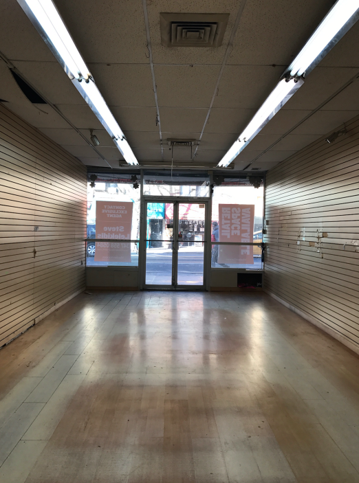 Look for Lockwood Style too open in this space this August! (Until then, LOTS to do ;)