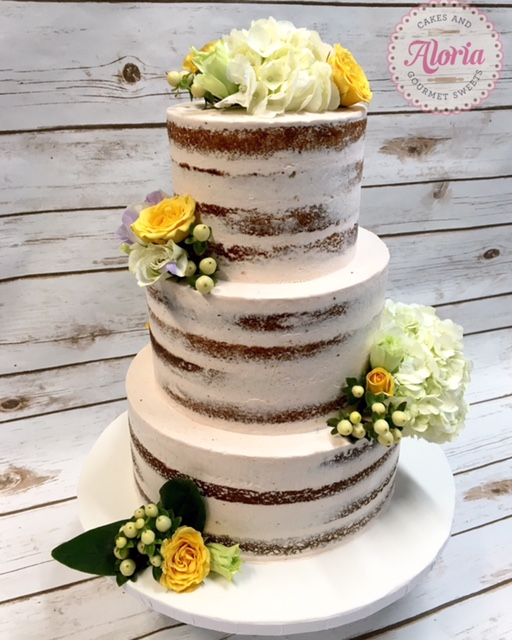 naked-cake-aloria-cakes-small-business-owner-spotlight-we-heart-astoria-queens
