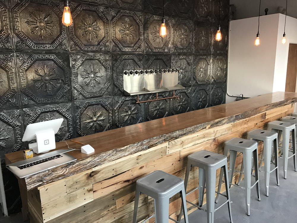 taproom-iconyc-astoria-queens