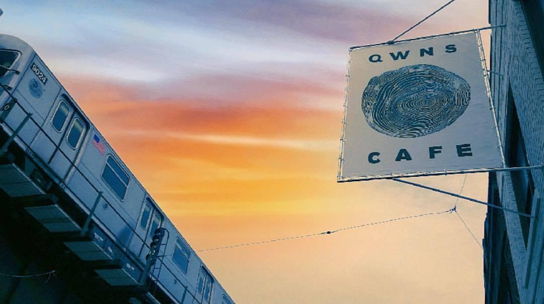 qwns-cafe-exterior-sign-astoria-queens