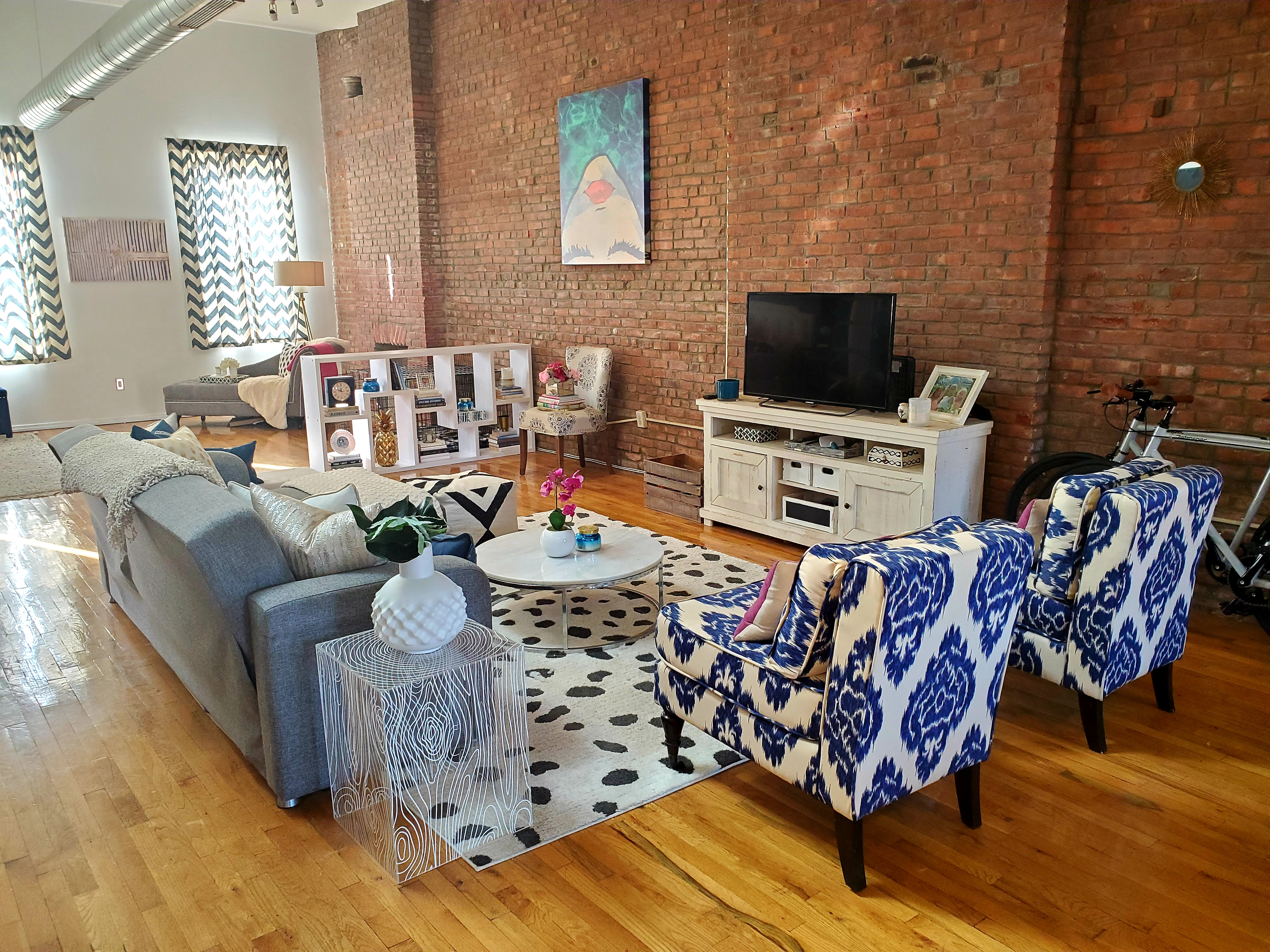 Astoria Interiors: Funky and Functional on Astoria Blvd | We ...